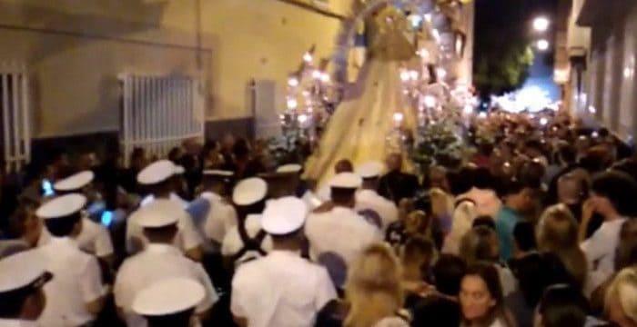 La Agrupación Musical La Salle en la procesion de la Madrugá de las fiestas del Carmen en La Isleta