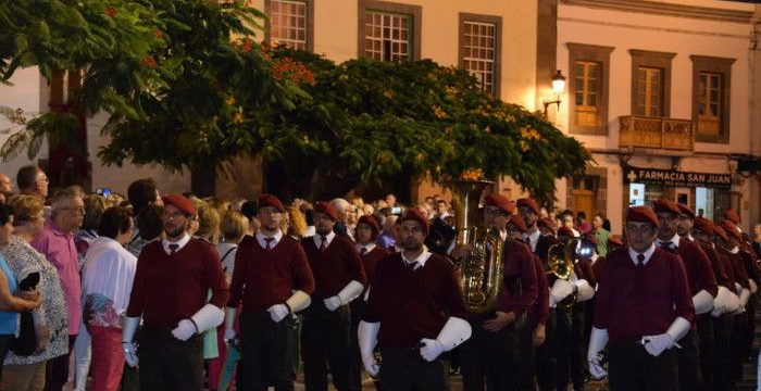 Agrupación Musical La Salle en la procesión del Cristo de Telde
